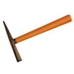 Martillo para escoria con cabeza de acero y punta endurecida y mango de madera. Peso: 460 g Longitud: 305 mm